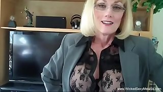 Nasty Sex Time With Amateur Granny