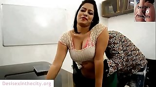 Uber-sexy Bhabhi Doing Sex With Boss